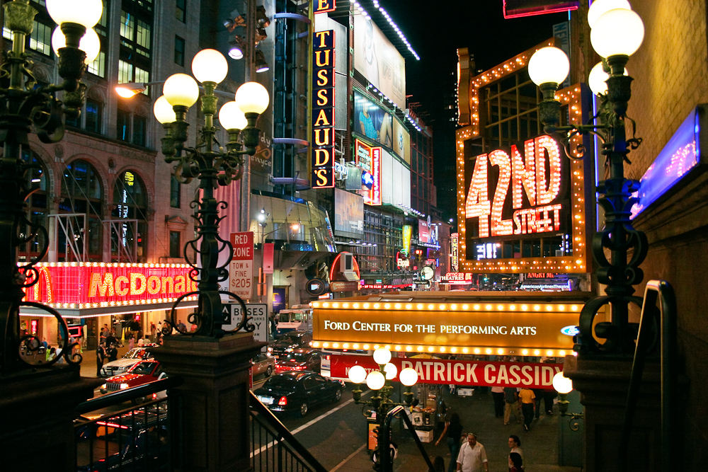42nd_Street_in_New_York.jpg